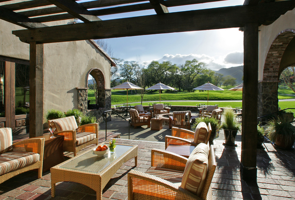 The sun shines on the clubhouse patio at Sonoma Golf Club